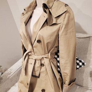 Brand new Burberry trench jacket 14y 00 0 XXS